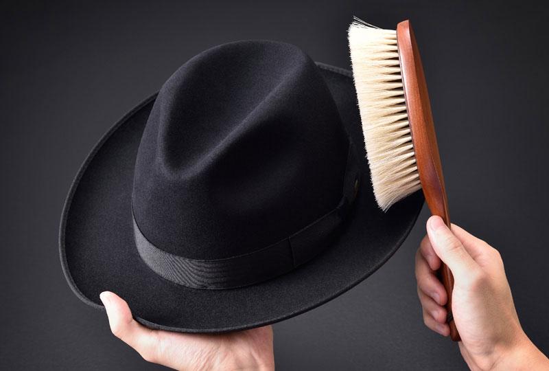 フェルト素材の帽子